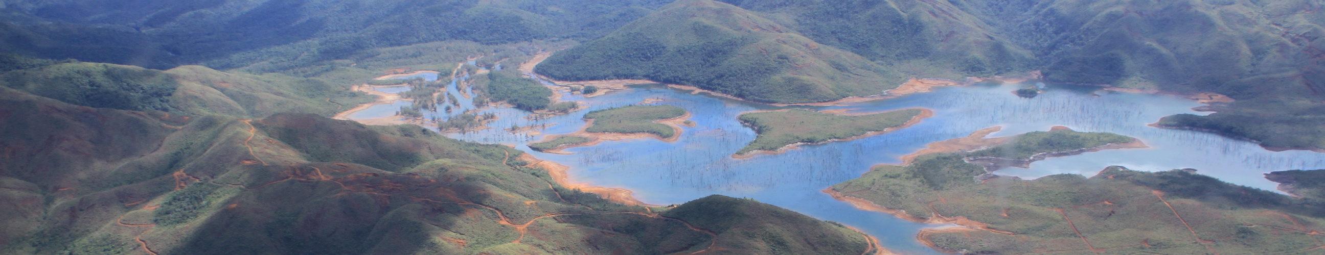 Image bandeau lac chaîne Nouvelle Calédonie